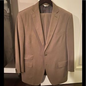 G. Valentino Brown Blue Stripe Mens Suit Size 42S